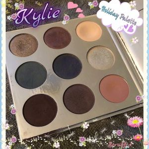 Kylie Cosmetics Holiday Eyeshadow Palette